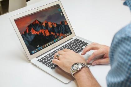 Đánh giá Macbook Air 2017