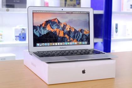 Macbook Air 2015 giá bao nhiêu ? Nên mua loại nào ?