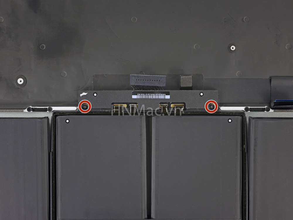 thay-pin-macbook-pro-2014-57